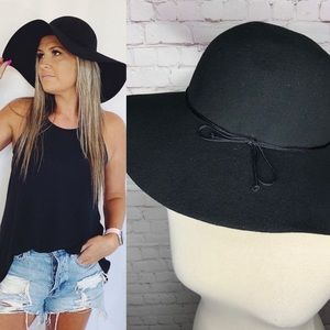 Toucan Collection Black Wool Floppy Hat